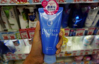 10 Face Washes and Cleansers Jepang yang Harus Dibeli 2021